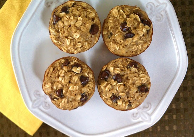 Banana Chocolate Chip Baked Oatmeal Singles are individual servings of baked oatmeal, with bananas and chocolate chips.