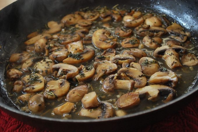 Mushrooms for Chicken and Spinach Prosciutto Bundles