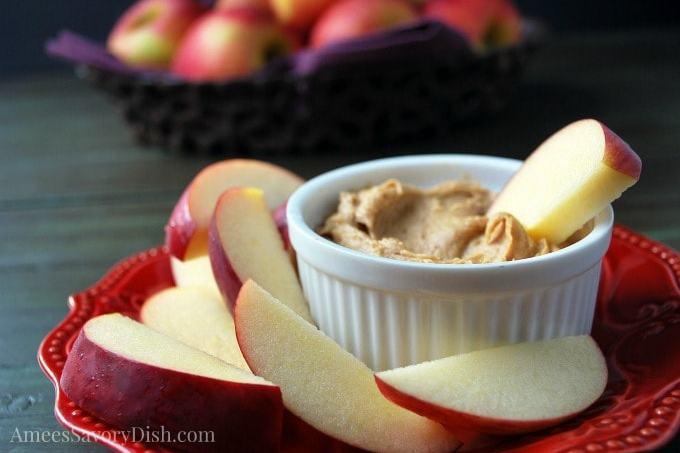 Healthier Peanut Butter Protein Dip