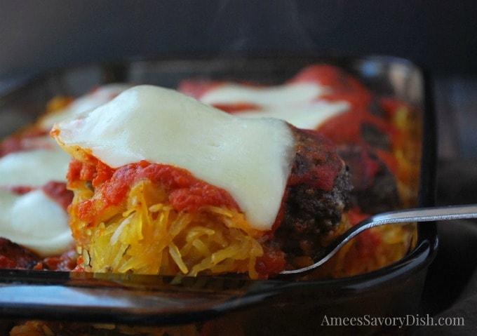 Delicious low carb spaghetti squash meatball casserole and 28 amazing low carb spaghetti squash recipes!