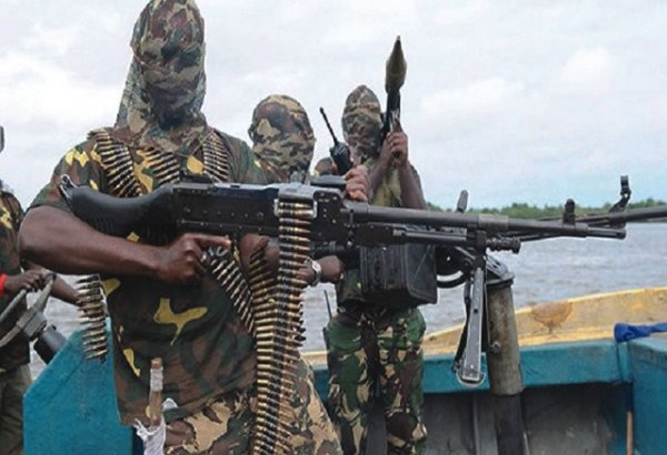 Pirates attack tugboat Bayelsa creeks, killing 3