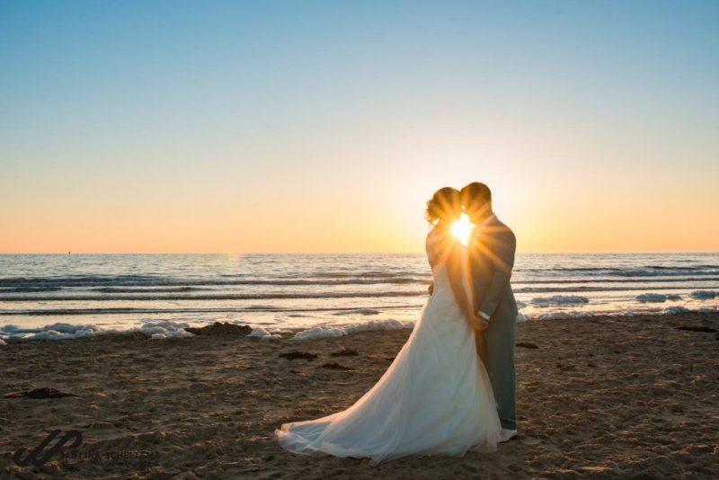 trouwen op een strandpaviljoen