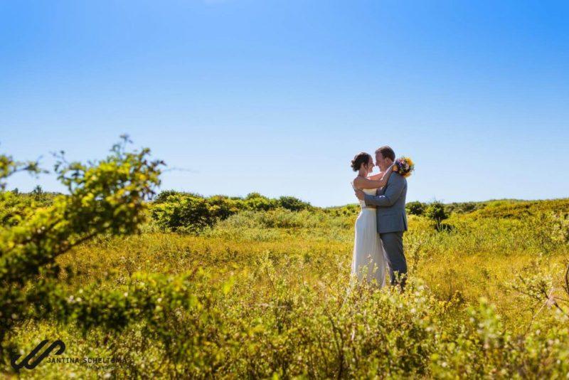 bruiloft in de duinen