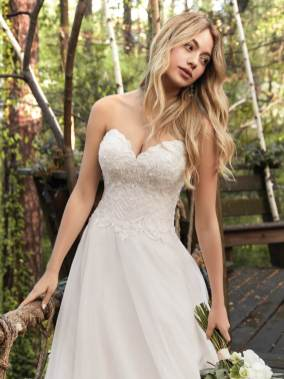 Wedding-Dresses-Lancashire-Amelias-Bridal-Clitheroe-Rebecca-Ingram-Virginia-20RS209-1