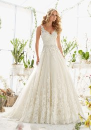 MORI LEE 2821 - SIZE 10 - WAS £1575 - NOW £490