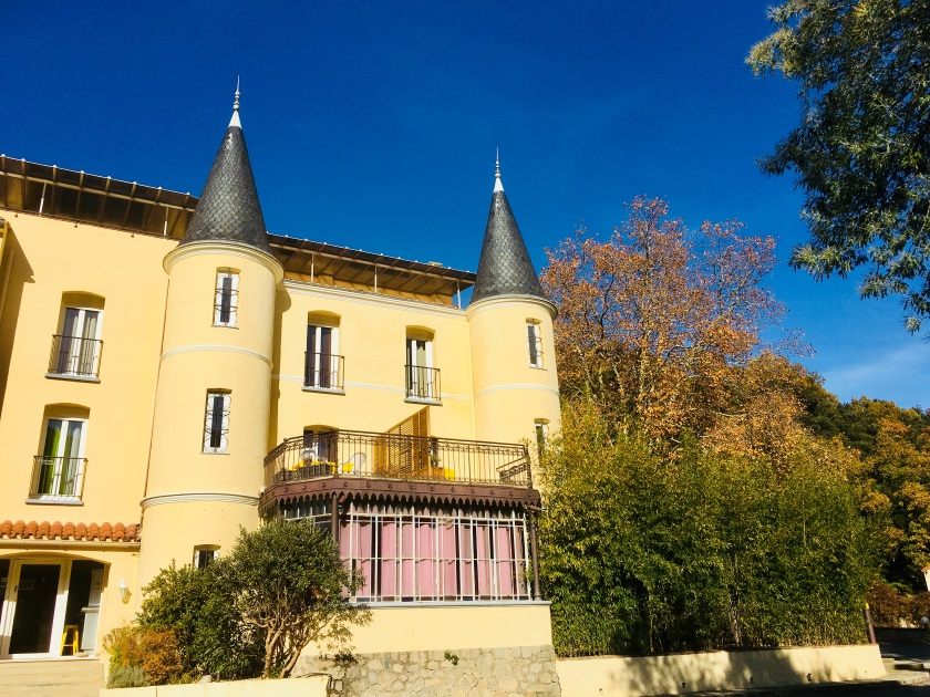façade castel émeraude