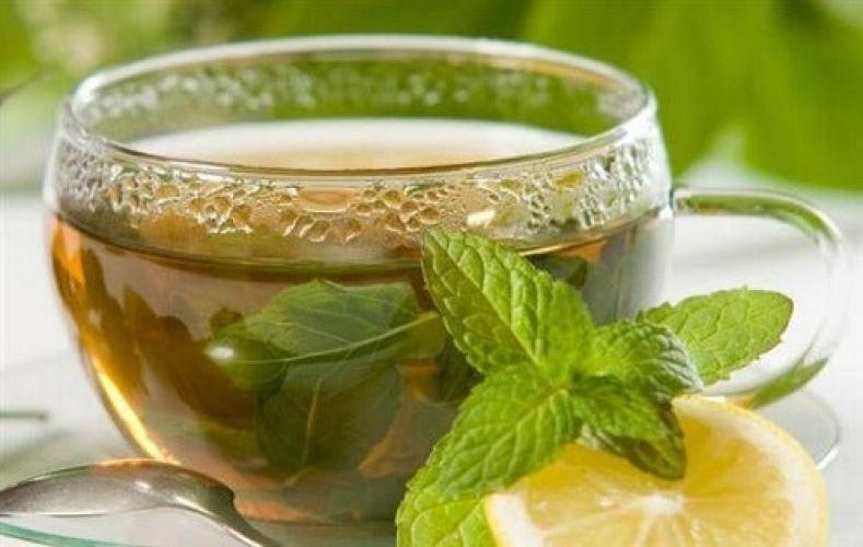 Le thé vert est un merveilleux antioxydantidéal pour soulager naturellement les douleurs articulaires.