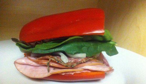 Sandwich-au-poivron-rouge-500x290