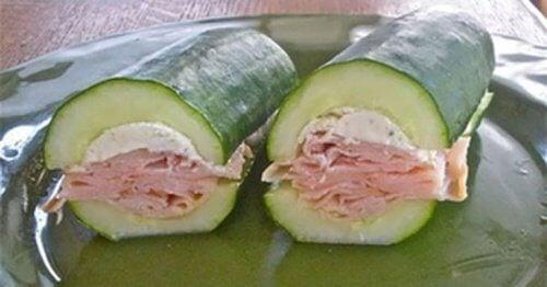 Sandwich-de-salade-et-concombre-500x262