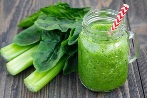 """smoothie for weight loss """"width ="""" 500 """"height ="""" 334 """" data-recalc-dims="""