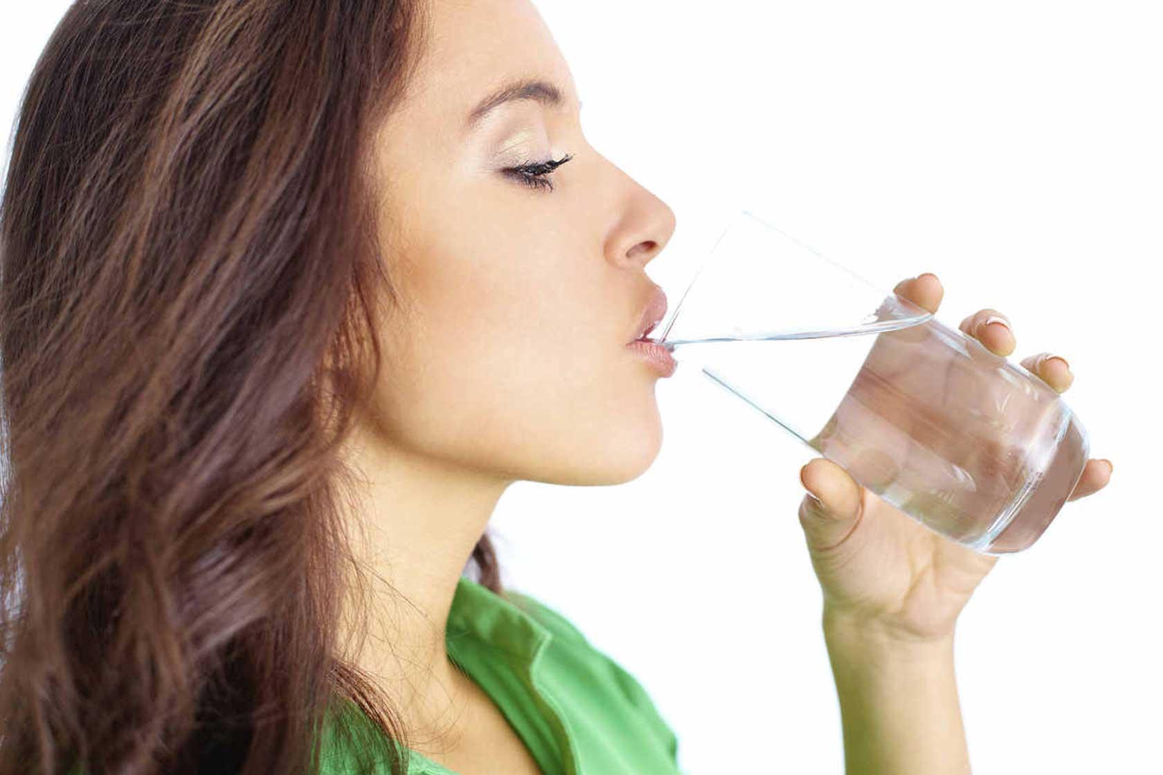 "drinking water ""width ="" 1680 ""height ="" 1120 "" data-recalc-dims="