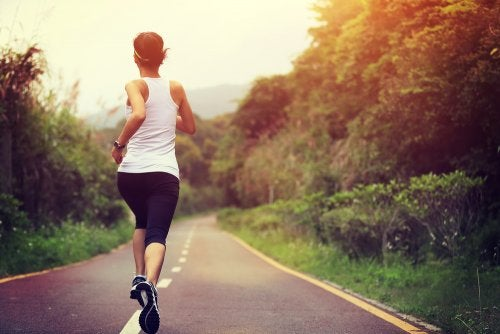 Physical exercise to improve hypothyroidism