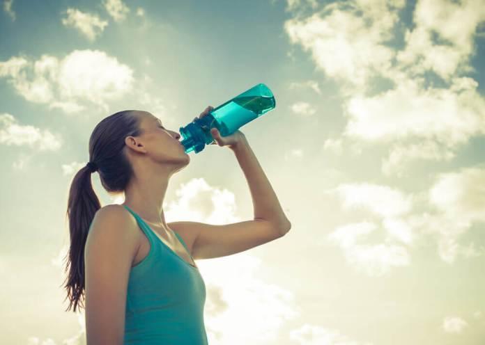 boire suffisamment pour éviter la fatigue chronique