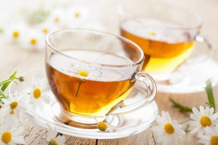 le thé à la camomille contre les douleurs menstruelles