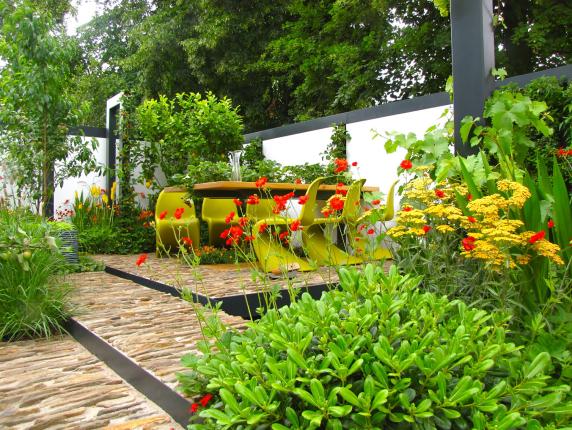 salon de jardin coloré moderne, accessoires d'aménagement de jardin