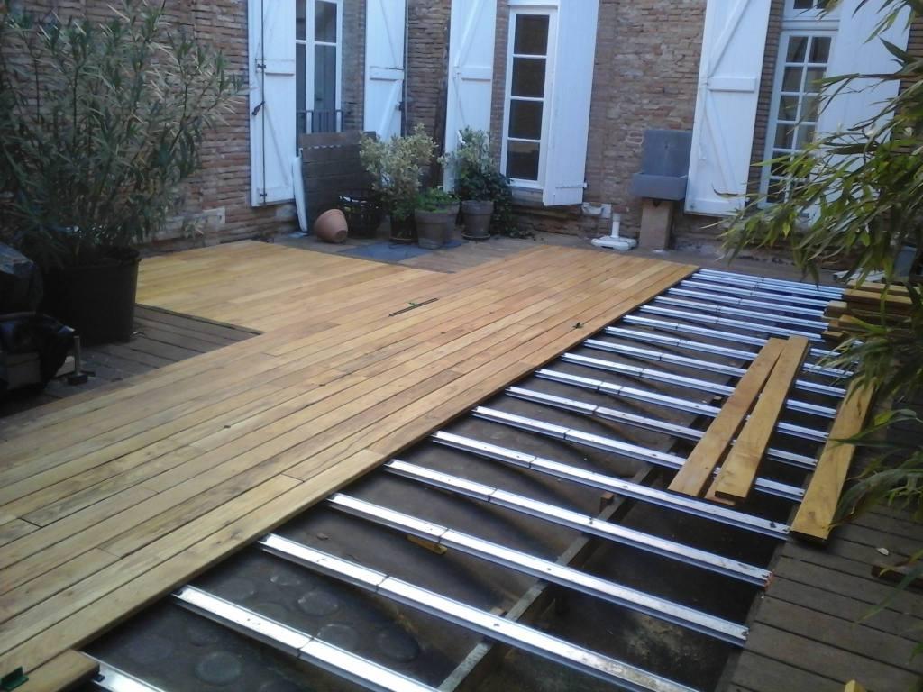 terrasse bois acacia en construction
