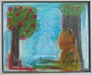 """Forbundne (måler 24x30 cm.) En pige eller kvinde sidder tæt op af et træ. """"Som vokser ind i himmelen"""", som min ven sagde om billedet forleden. Det andet træ blomstrer med røde bær eller frugter. Det skal ikke ligne en bestemt sort og det er også uvist, hvorfor træets rødder eller grundlag ligesom bliver en del af kvindens underkrop og ben. Der er en samhørighed, både forstærket af farvevalg og altså af form. Og ja, nogle hævder, træer har sjæl og er levende inspiration for os mennesker. Og forhåbentligt går udvekslingen begge veje."""