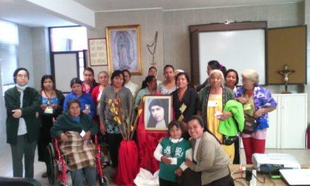 """TERESA MIRA EN LOS ENFERMOS DE """"LA ESPERANZA"""", MÉXICO"""