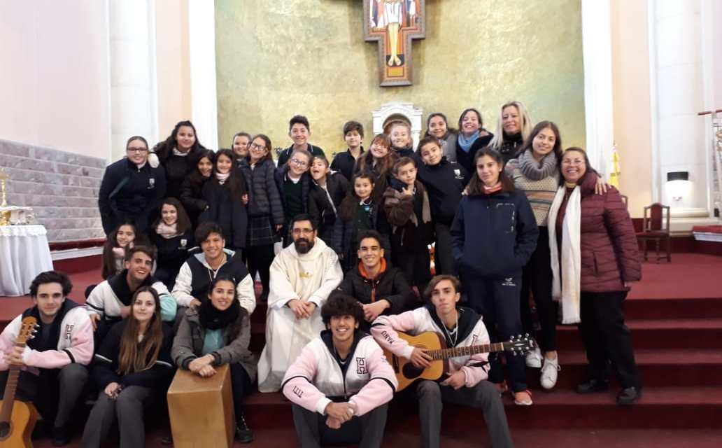 Triduo  y Fiesta de la Virgen Del Carmen en el Colegio