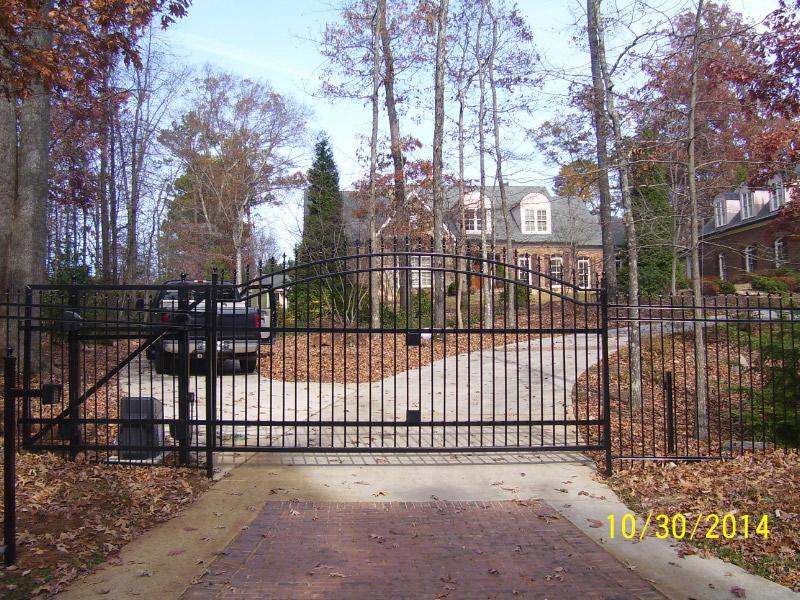 fence company Hoschton, estate gates Hoschton