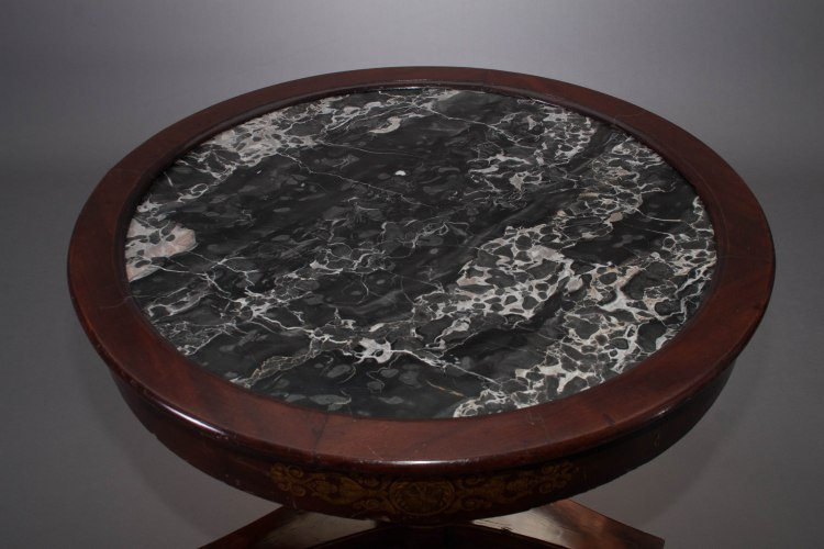 Classical Center Table detail of black and white veined marble top.