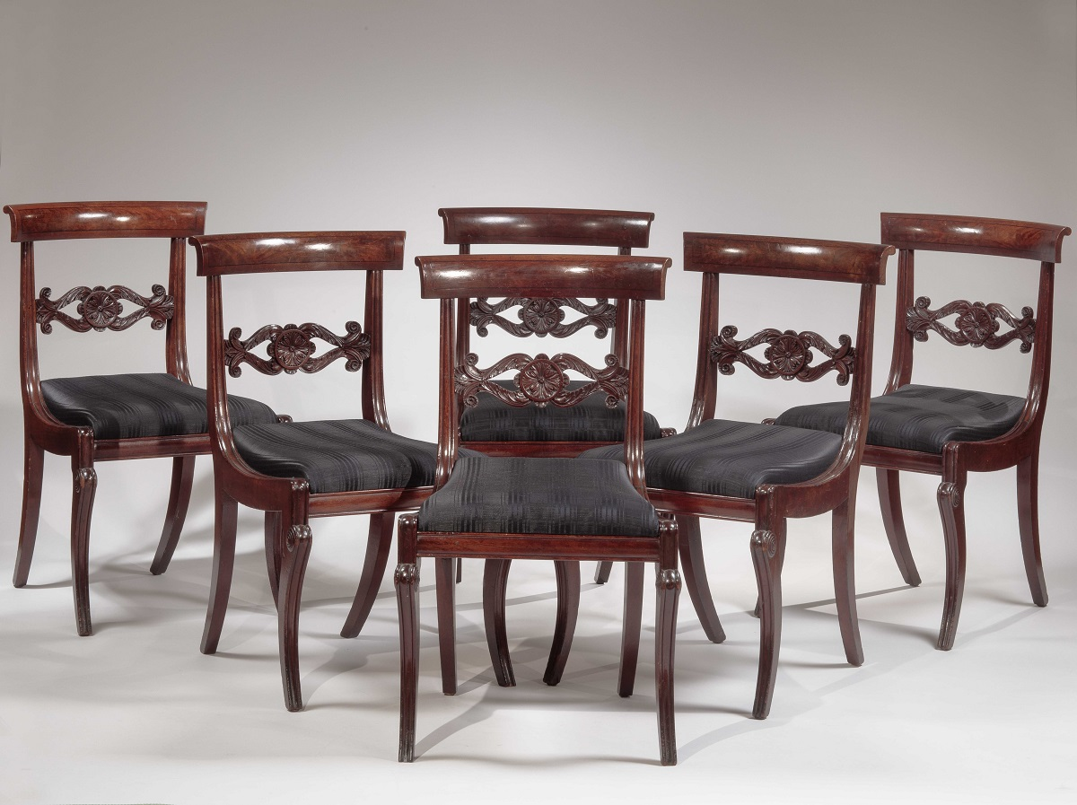 Set of Six Carved Mahogany Dining Chairs Philadelphia, c. 1815