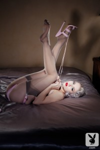 Pin-ups Miss Mosh para Playboy Wild Style Magazine 12