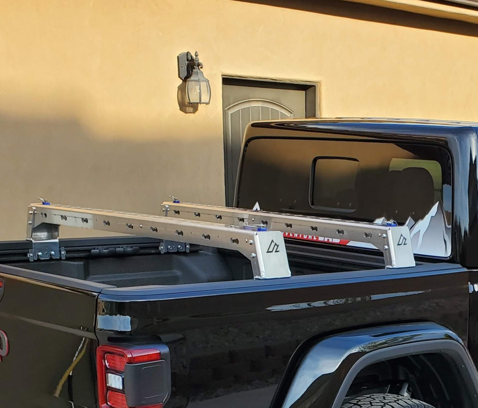 jeep gladiator m a s s bed rack low height