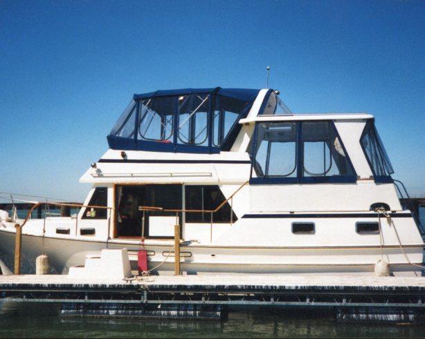 Bimini Top with Bridge Enclosure<br>& Aft Deck Enclosure