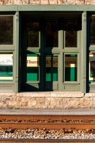 A detailed view of center Thurmond.