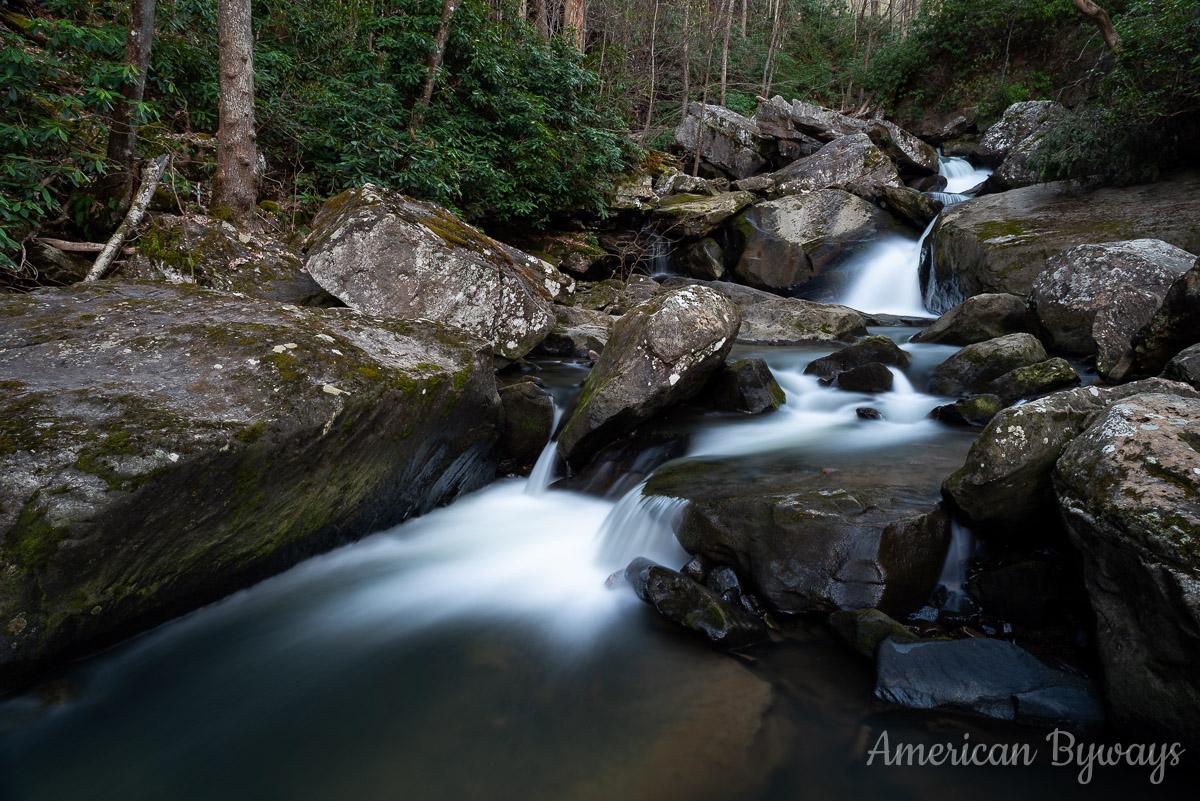 Upper Wolf Creek Falls