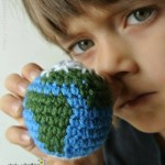 Earth-Amigurumi-Free-crochet-pattern-from-Simply-Collectible-e1425075419822