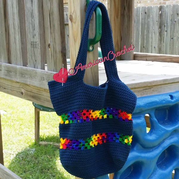 Classic Tote Bag | Free Crochet Pattern | American Crochet @americancrochet #freecrochetpattern