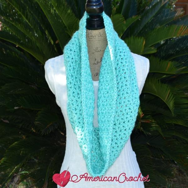 Timeless Cowl free crochet pattern
