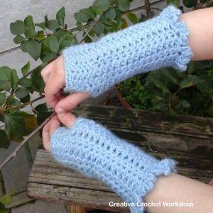 Winter Shells Fingerless Gloves | Free Crochet Pattern | Creative Crochet Workshop @creativecrochetworkshop.com @americancrochet.com #WinterShellsFingerlessGloves