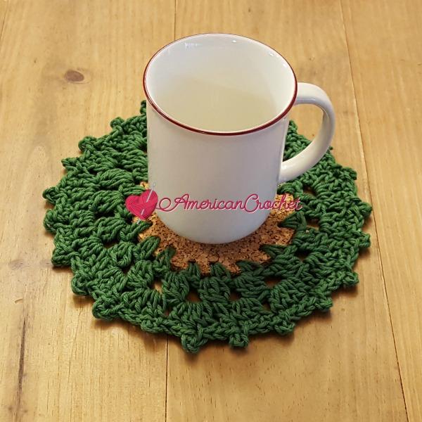 Holly Wreath Coaster | Free Crochet Pattern | American Crochet @americancrochet.com #freecrochetpattern