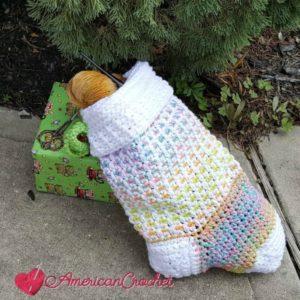 Magical Retro Christmas Stocking Part Three | Crochet Pattern | American Crochet @americancrochet.com #crochetpattern #crochetalong