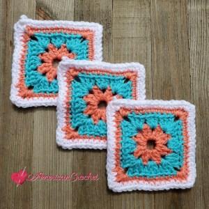 Shabby Chic Belt | Crochet Pattern | American Crochet @americancrochet.com #bloghop #crochetpattern