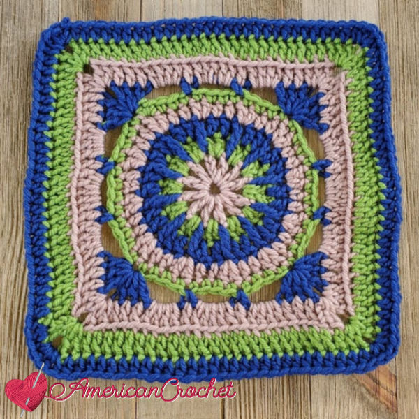 Fallbrook Square | American Crochet @americancrochet.com