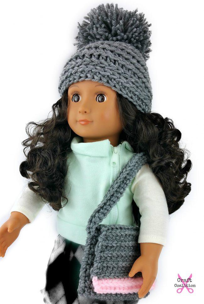 My Dolly Edgy Messenger Bag | American Crochet @americancrochet.com