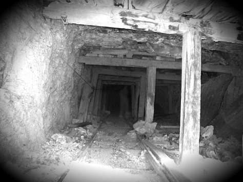Ghost of the Mines - Unknown figure standing in Vulture mine