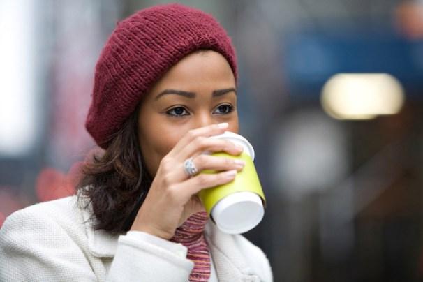 Café descafeinado: cómo puede beneficiar tu salud, según estudio