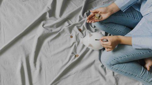 Gastos hormiga: 5 hábitos que debes cambiar para ahorrar dinero
