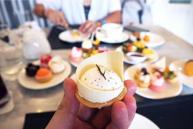 Consumir alimentos dulces contribuye a subir de peso, pero lo dulce no es una causa directa de diabetes tipo 2