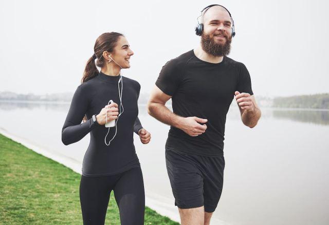 Cómo el ejercicio aumentan el deseo sexual, según expertos