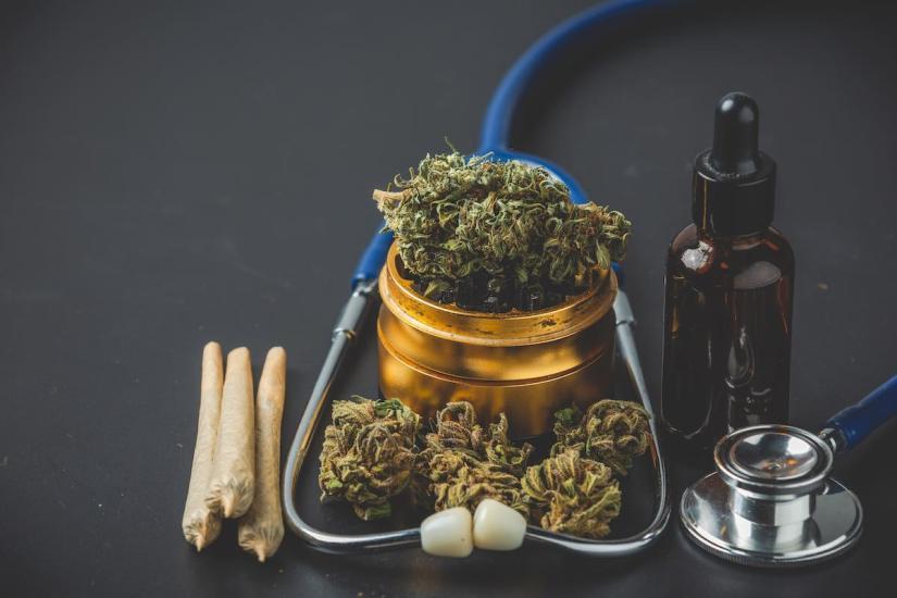 Cómo extractos de marihuana medicinal pueden combatir el Covid, según expertos