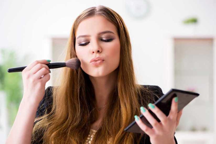 Maquillaje hipoalergénico: el producto que cuida tu piel y la mantiene joven