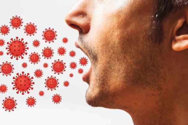 Los descubrimientos que han hecho sobre cómo y dónde permanece el Sars-Cov-2 cuando entra por la boca, han influido para entender la importancia de la higiene bucal en la prevención del virus.