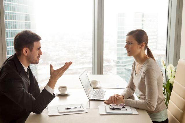 6 Técnicas de lenguaje corporal para una entrevista de trabajo exitosa