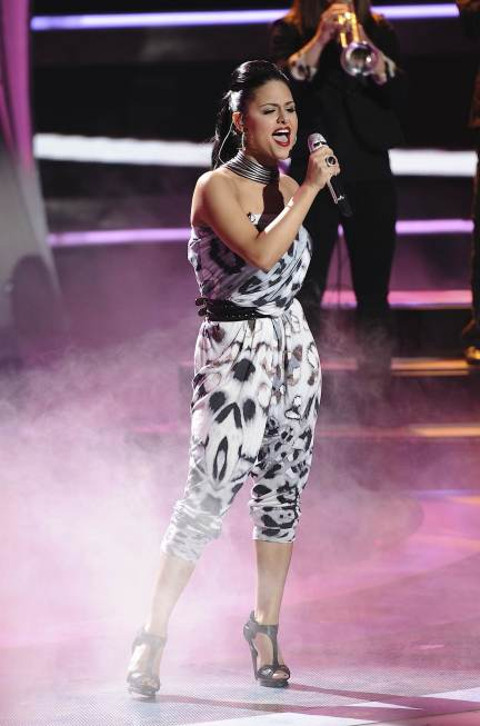 Pia Toscano American Idol 01